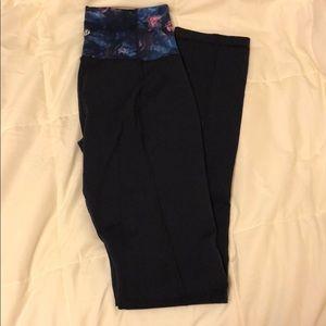 Lululemon navy leggings size 8